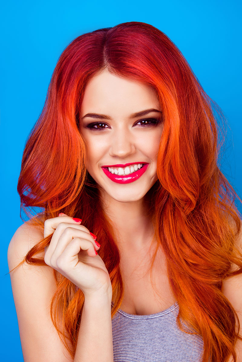 Bright and beautiful red waves Red Ombre