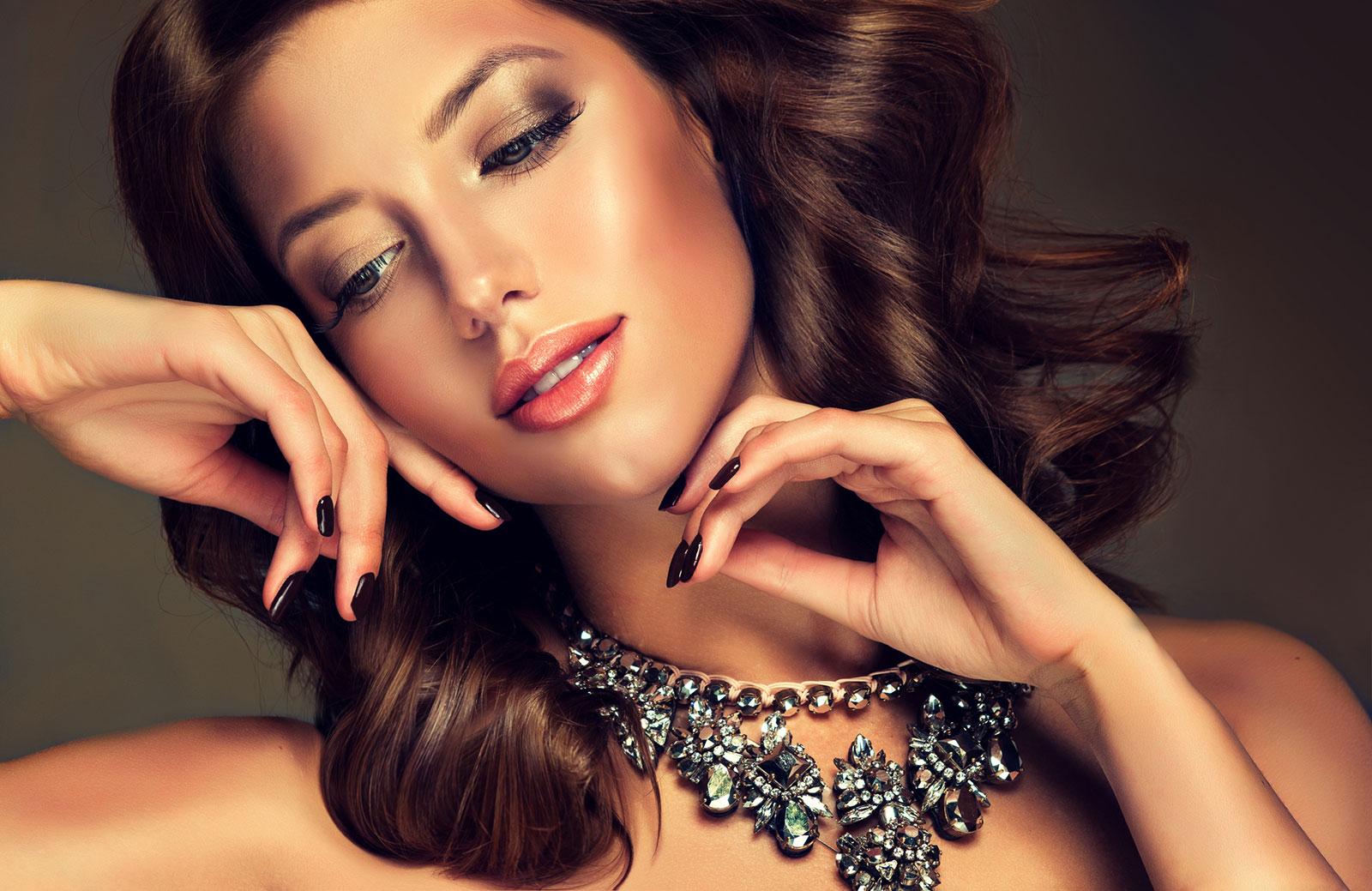 Sublime daytime bronze glow natural makeup look
