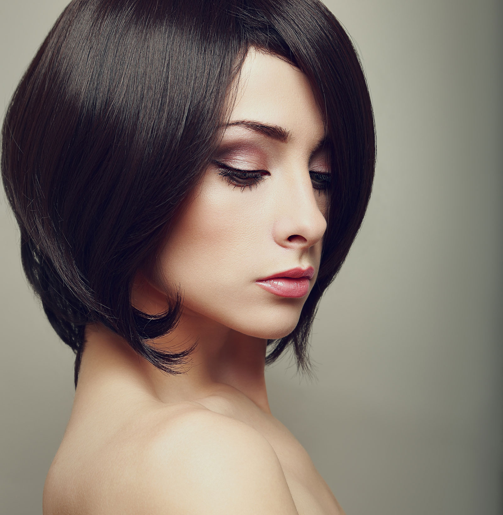 Black side part bob with layers
