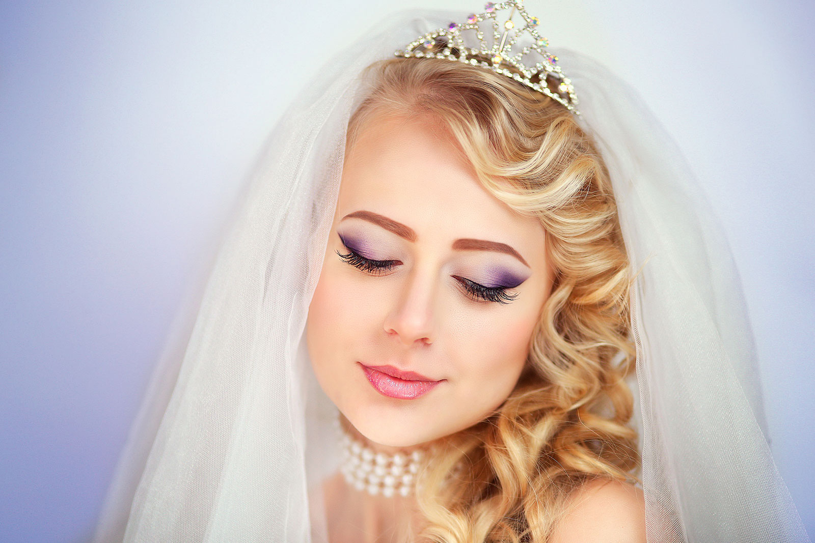 Vibrant Eyeshadow bridal makeup